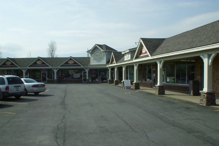 315 Fayette Street , Manlius, NY - Available Retail Space For Lease