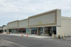 Syracuse Retail Space For Lease - 320 Northern Lights Plaza, Syracuse, NY